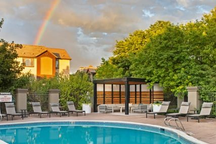 Griffis Belleview Station Pool Rainbow 430x285